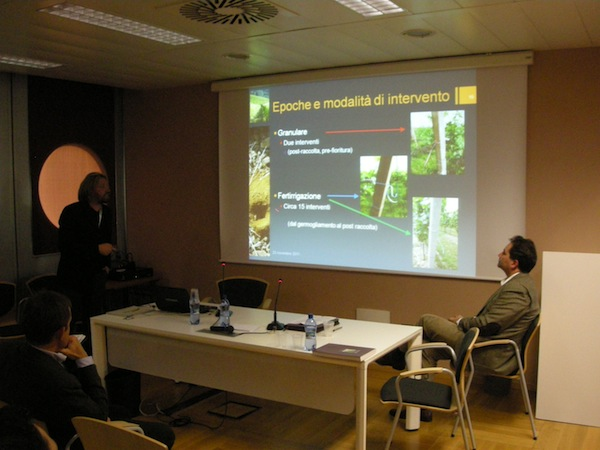 fertirrigazione-vigneto-convegno-enovitis-2011-2.jpg