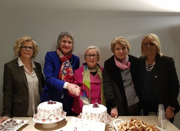 firenze-30-anni-donne-del-vino-concia-cinelli-colombini-modignani-tognani-fonte-donne-del-vino.jpg