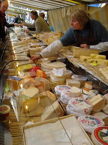 formaggi-in-vendita1