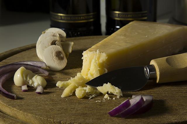 formaggio-grana-champignons-guido-1982.jpg