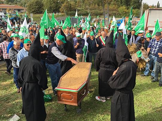 funerale-grano-20161025-cia-bettolle