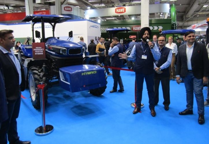 Da Farmtrac l'Hybrid Concept Tractor