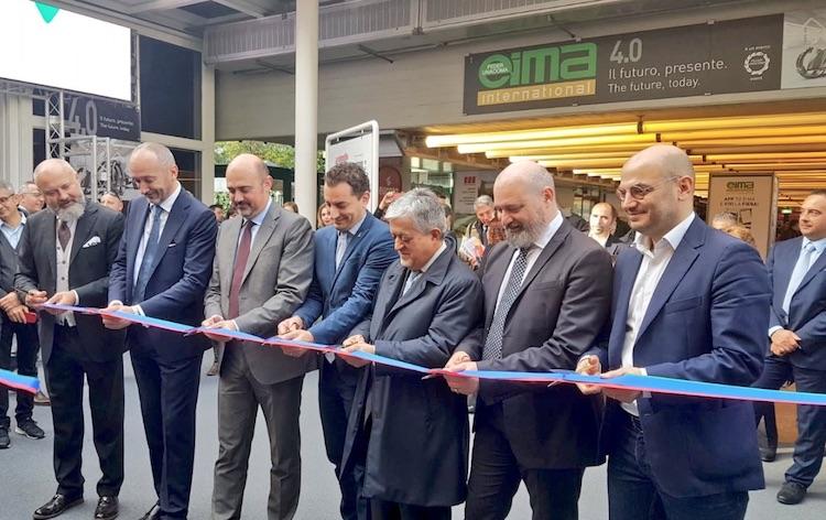 inaugurazione-eima-ott-2018-bologna-fonte-profilo-twitter-stefano-bonaccini-presidente-regione-emilia-romagna