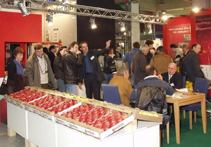 interpoma-foto-stand-mele-2006