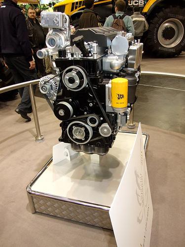 Jcb scalda i (nuovi) motori