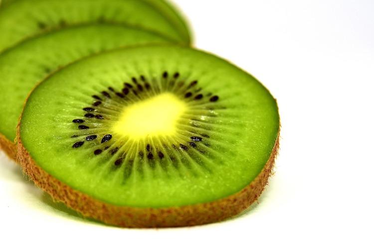 kiwi-actinidia-frutta-fonte-cso