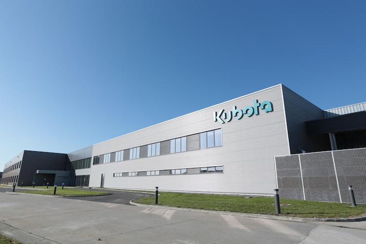 kubota-nuovocentro-rs-2018-jpg