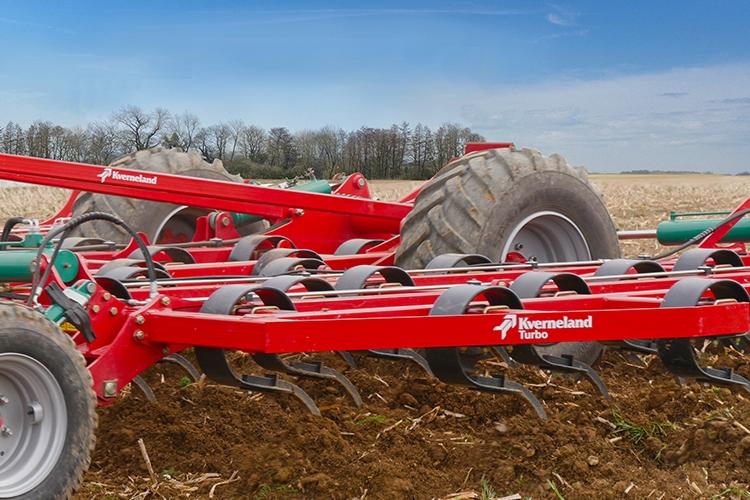 Actiroll, Turbo, i-Plough e Kultistrip, la preparazione del terreno secondo Kverneland