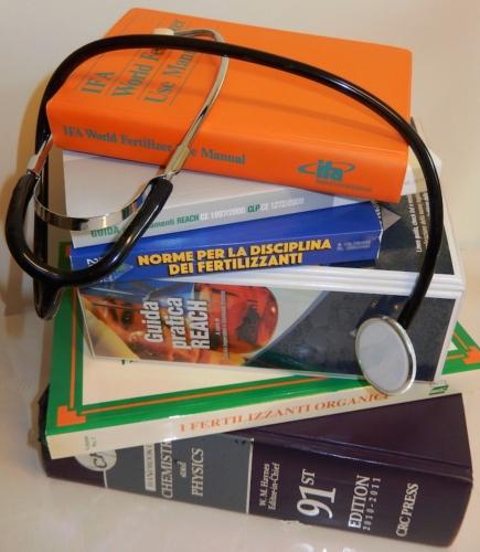 libri-stetoscopio-fonte-phyto-mastery