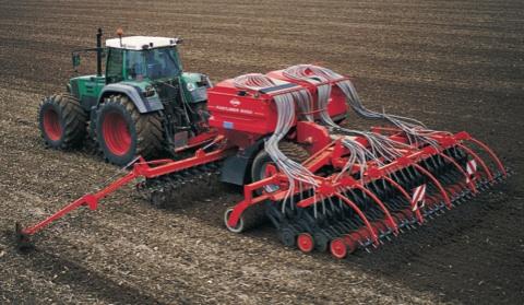 macchine-trattori-lug-ago-2008-078_079-attrezzature-kuhn