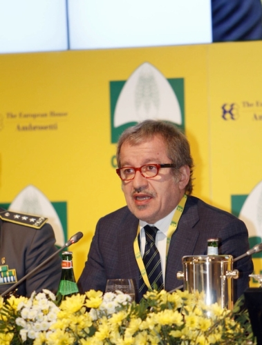 maroni-roberto-presidente-regione-lombardia-forum-coldiretti-cernobbio-20131019