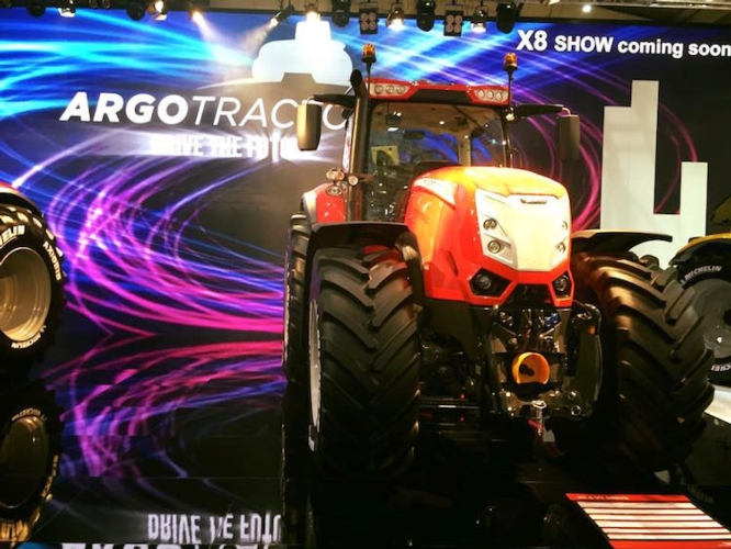 mc-cormick-x8-hannover-agritechnica-macgest-byagncs