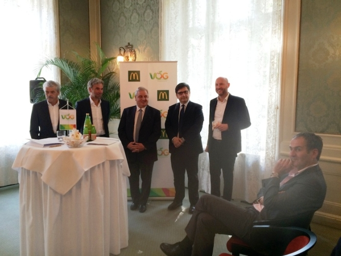 mc-donald-vog-conferenza-stampa