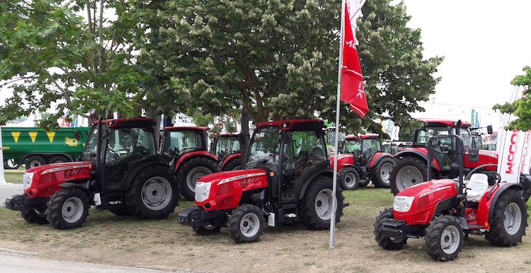 mccormick-tractorluso-a-santarem-fair