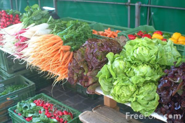 mercato-frutta-verdura-freefoto.jpg