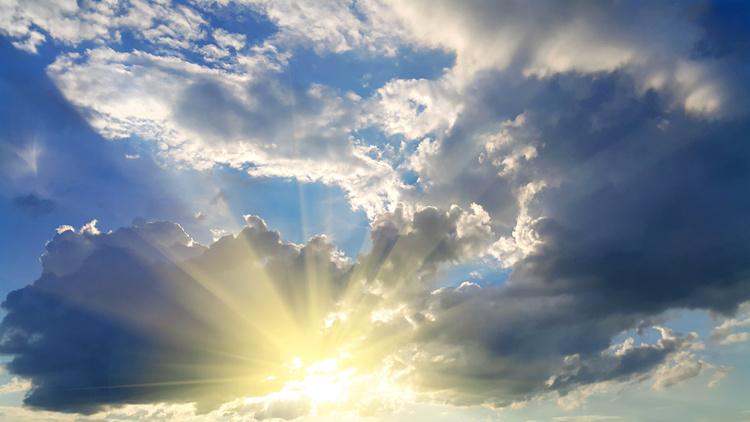 meteorologia-clima-cambiamenti-climatici-nuvole-sole-by-dinadesign-adobe-stock-750x422