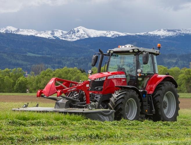 MF 6718 S: nuovo trattore a 4 cilindri in versione Stage V