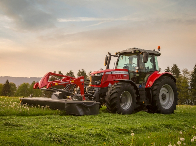 Massey Ferguson: tante novità 2020 per la fienagione