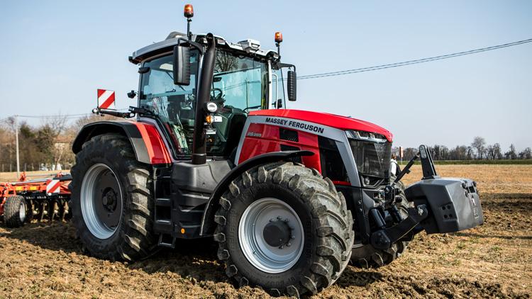 mf8s-trattore-masset-ferguson-prova-in-campo-agronotizie