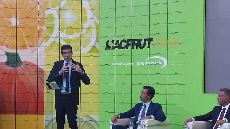 ministro-martina-inaugurazione-macfrut-2016-fonte-lorenzo-pelliconi-agronotizie