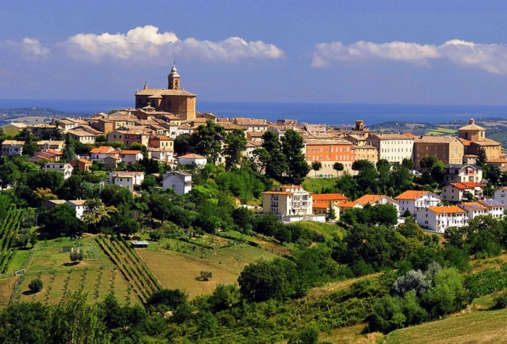 montesancarotto-castelli-jesi-by-elio-sebastianelli-wikimedia-jpg