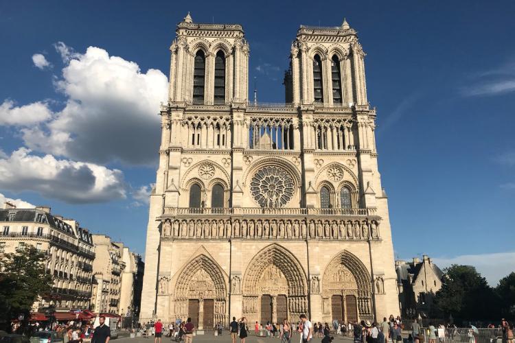 Rogo di Notre Dame: Kubota c'è per la ricostruzione