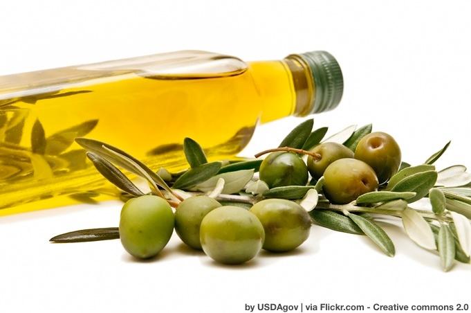olio-bottiglia-olive-byflickrcc20-usdagov