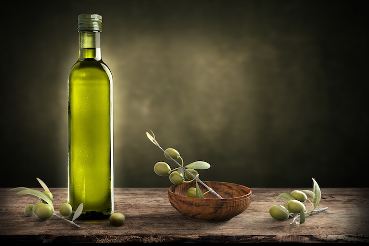 olio-olive-by-giovanni-cancemi-fotolia-750
