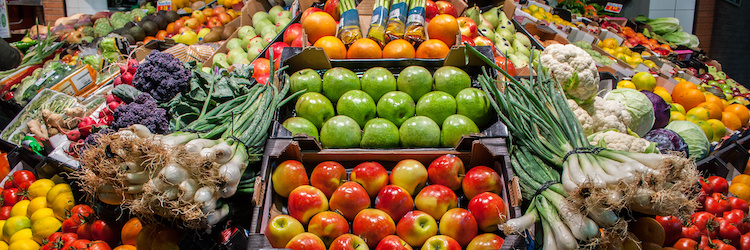 ortofrutta-gdo-vendita-frutta-verdura-supermercato-by-eagle-keeper-adobe-stock-750x250