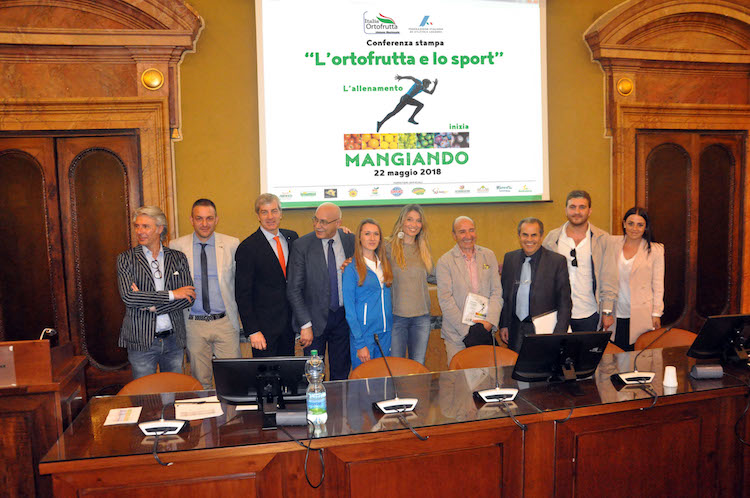 ortofrutta-sport-conferenza-stampa-fonte-foto-italia-ortofrutta