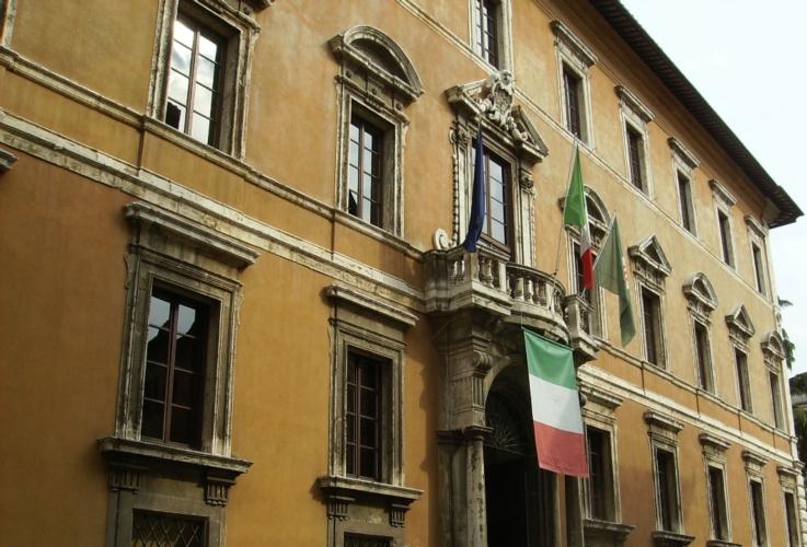palazzo-donini-perugia-umbria-by-abxbay-wikipedia-jpg.jpg