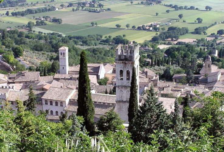 panorama-campagna-paesaggio-assisi-by-gunnar-bach-pedersen-wikipedia-jpg.jpg