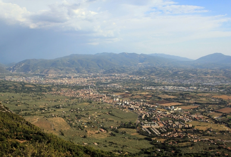 panorama-valle-terni-umbria-by-imagoanimae-wikipedia-jpg