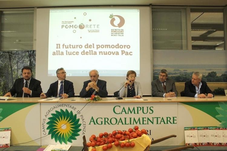 pomorete-il-futuro-del-pomodoro-convegno-2014