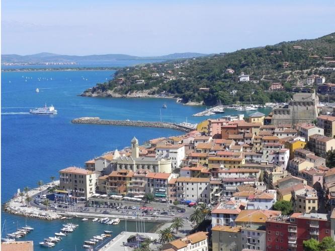 porto-santo-stefano-toscana-by-ceppicone-wikipedia-jpg.jpg