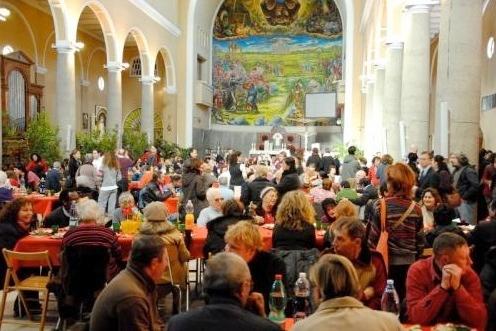 pranzo-natale-2011-aiuti-indigenti-fonte-comunita-sant-egidio