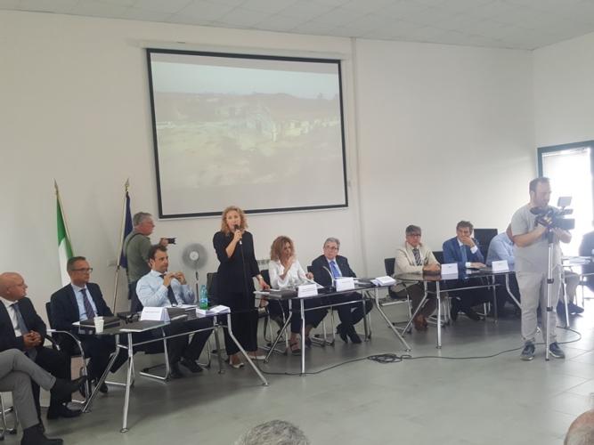 presentazione-progetto-per-la-balzana-con-lezzi-e-pesce09lug2019mimmopelagalli-per-agronotizie