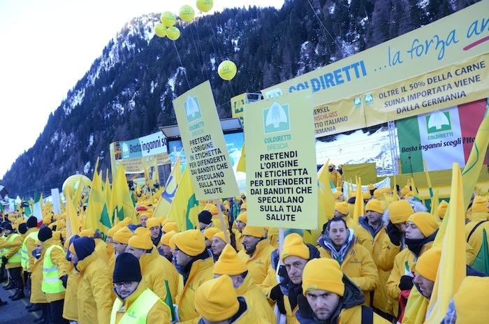 protesta-brennero-coldiretti-2013-dic-3