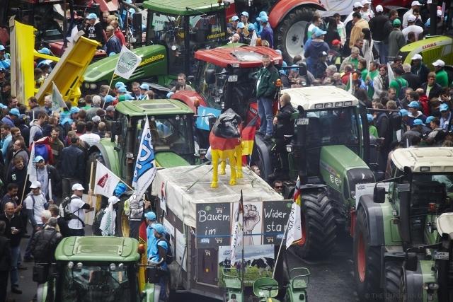 protesta-bruxelles-allevatori-fonte-european-union-07092015