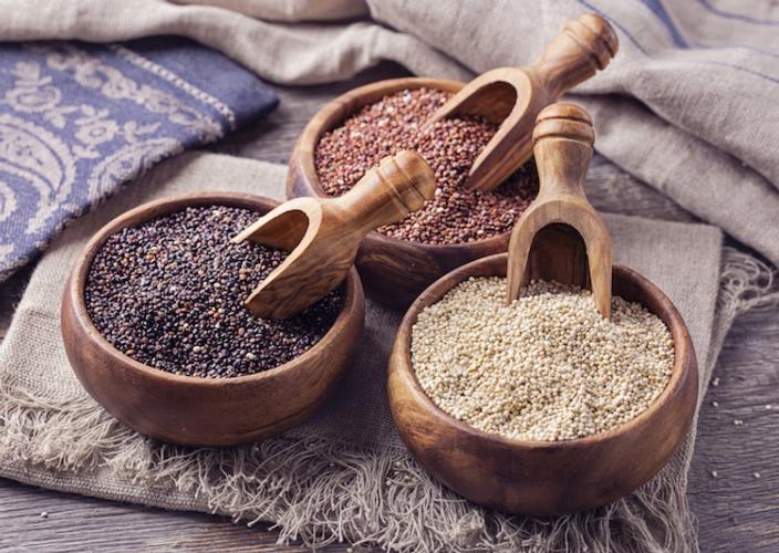 quinoa-nera-rossa-bianca-by-elena-schweitzer-fotolia-750