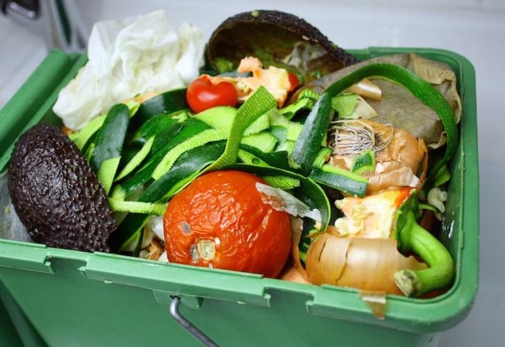 spreco-alimentare-cibo-cestino-spazzatura-by-patryssia-fotolia-750x516.jpeg
