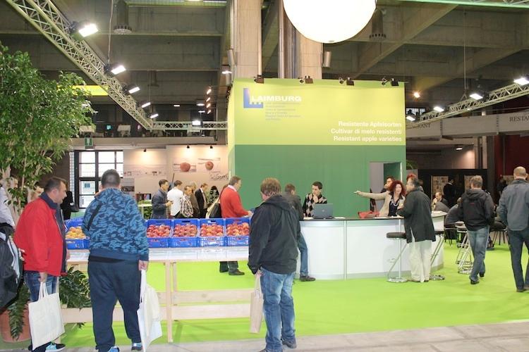 stand-centro-di-sperimentazione-laimburg-a-interpoma