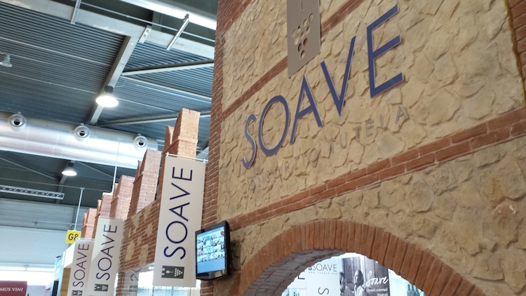 stand-soave