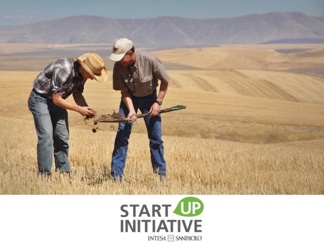 startup-initiative-intesa-san-paolo-mix-udsa-flickr-cc20-alcuni-diritti-riservati