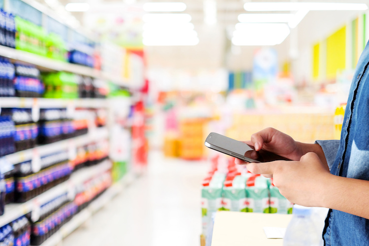 supermercato-spesa-retail-tecnologie-internet-smartphone-by-mangpor2004-fotolia-750