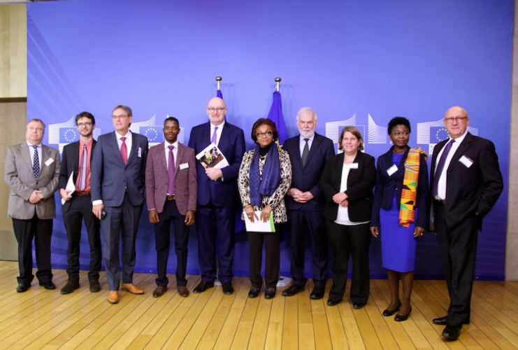 task-force-for-rural-africa-mag-2019-articolo-matteo-bernardelli-fonte-european-union-2019-photografher-cornelia-smet