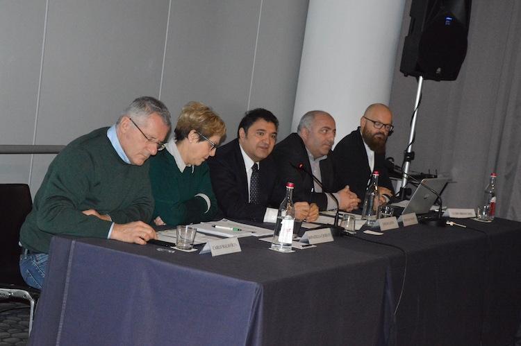tavolo-relatori-seminario-agricoltura-biologica-roma-6-feb-2017-fonte-alessandro-vespa.jpg
