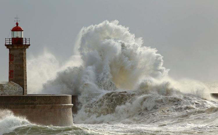 tempesta-mare-in-tempesta-by-zacarias-da-mata-fotolia-750