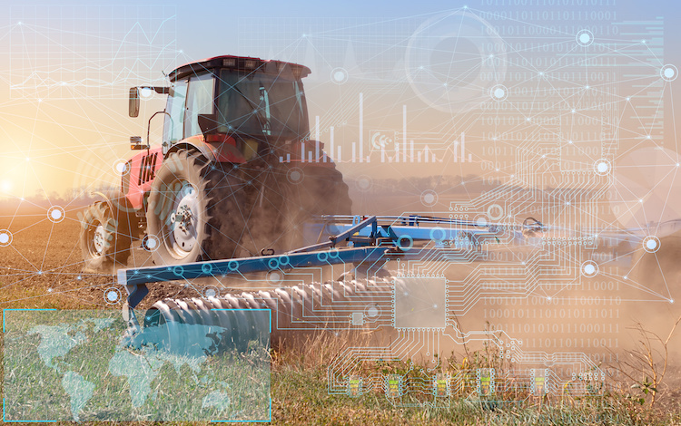 trattore-controllo-automatico-gps-tecnologie-macchine-agricole-by-kosssmosss-adobe-stock-750x470.jpeg
