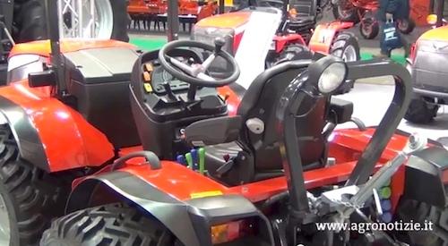 valpadana-argo-tractors-vp-9000-fieragricola-febbraio-2014-video-by-agronotizie-500